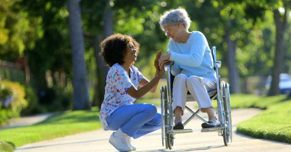 aide aux personnes agees a paris